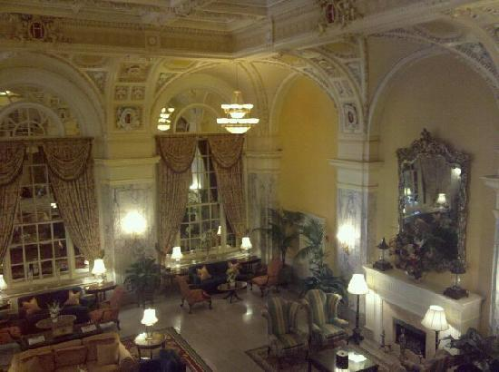 Hermitage Hotel: The lobby
