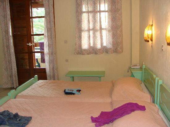 Kampos Village Resort: The beds