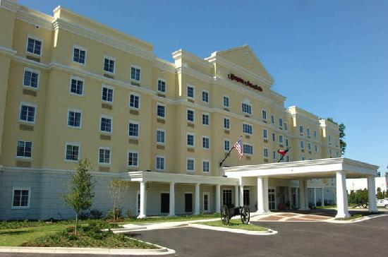 Hampton Inn Vicksburg: The exterior