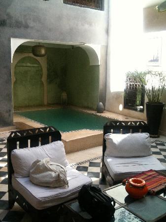 Riad Alamir: vue du patio 1