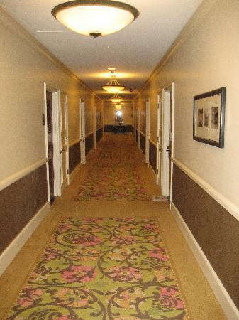 Cool Updated Interior Hallways Picture Of The Royal Hawaiian A Largest Home Design Picture Inspirations Pitcheantrous