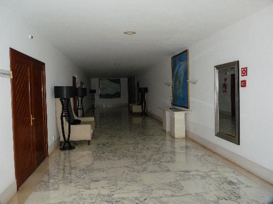 Fußboden In Englisch ~ Hotelflur man beachte den fussboden picture of suite hotel