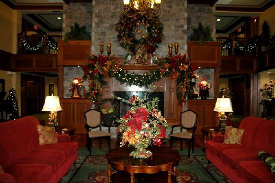 The Inn at Christmas Place: lobby