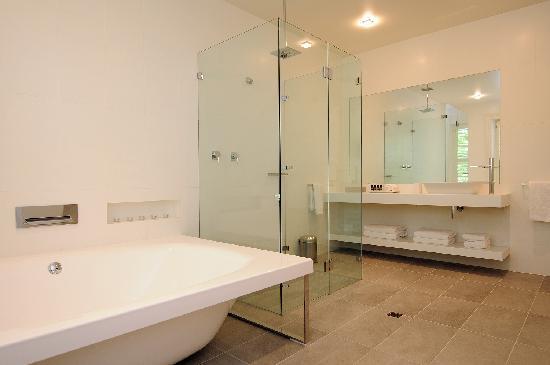 The Stirling Hotel: En-suite in Balcony Room 3