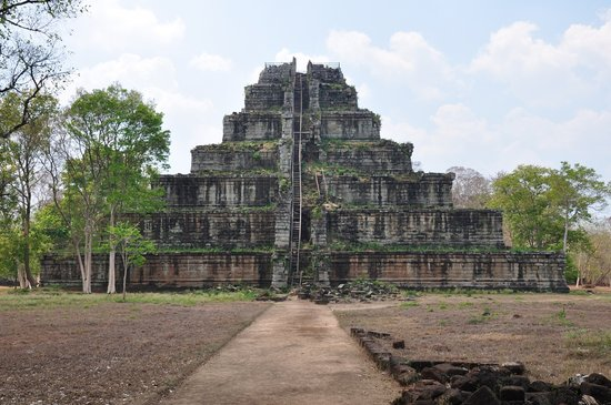 Koh Ker Temple: a picture really is worth a thousand worth a thousand words!