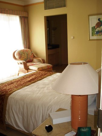 Aryaduta Lippo Village: room deluxe