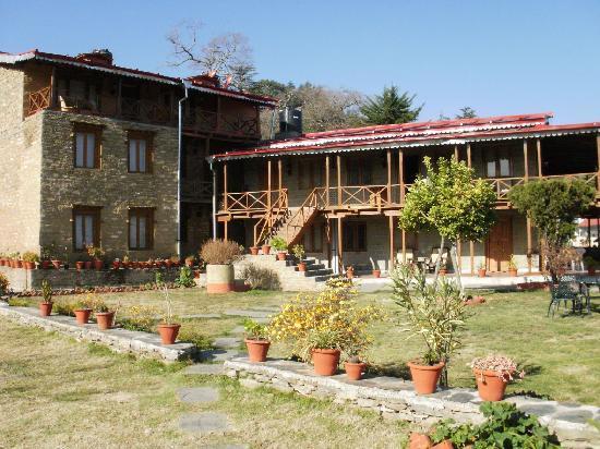 Kausani, India: The Chevron Eco Lodge