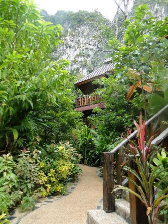 Phu Pha Ao Nang Resort and Spa: Anlage. Zimmer sind entweder im EG oder 1. Stock - Beide wunderschön
