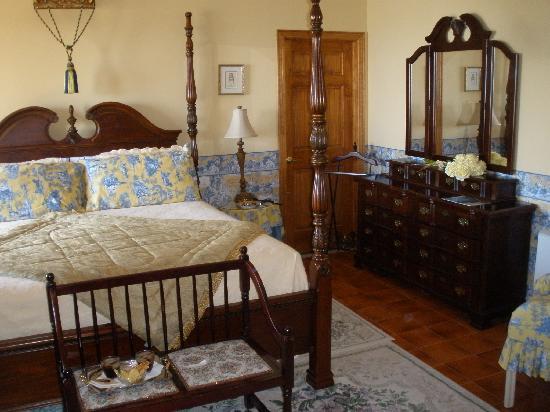 Passignano Sul Trasimeno, อิตาลี: The magnificent bedroom.