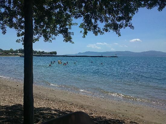 Negroponte Resort Eretria : The beach in front of the hotel