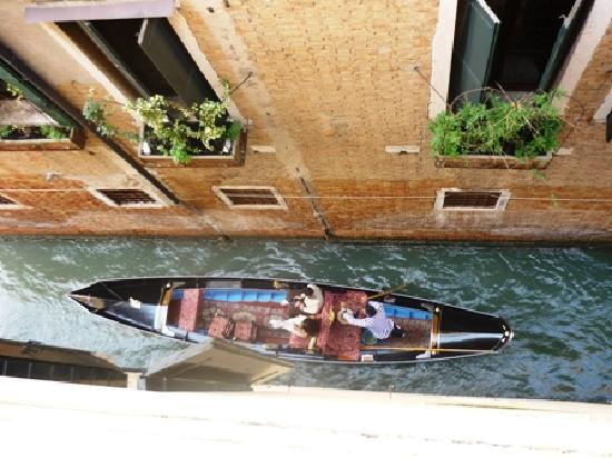 Ca' Angeli : View from our side canal room