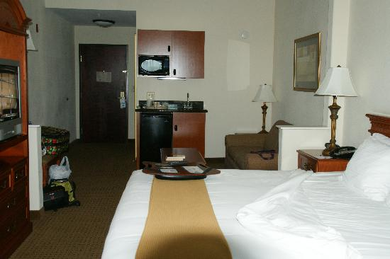 Holiday Inn Express San Angelo: king suite