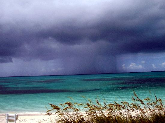 Atlantic Ocean Beach Villas: Storm passing by over Grace Bay