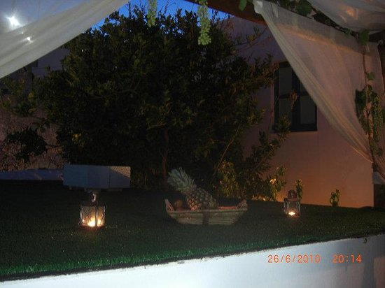 Xenones Lindos: roof top terrace
