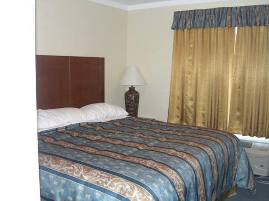 Hinton Lodge: Bedroom