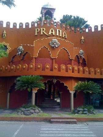 The Villas Bali Hotel & Spa: Prana Spa and Restaurant