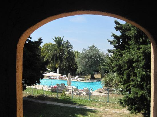 Mougins, Francia: Swimming pool (open 8-9 til 21:00)