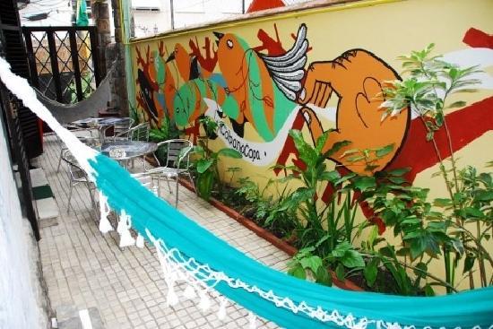 CabanaCopa Hostel: Outdoor area.