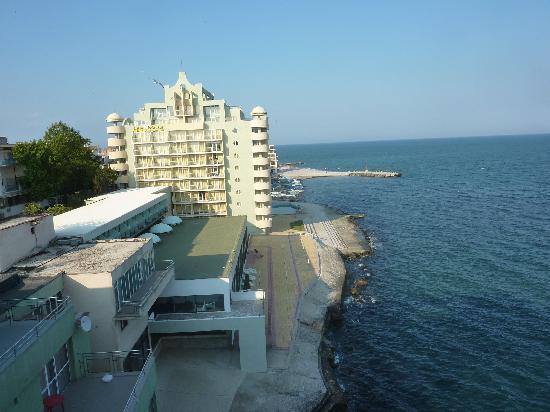 Pomorie Hotel: Blick auf Neubau