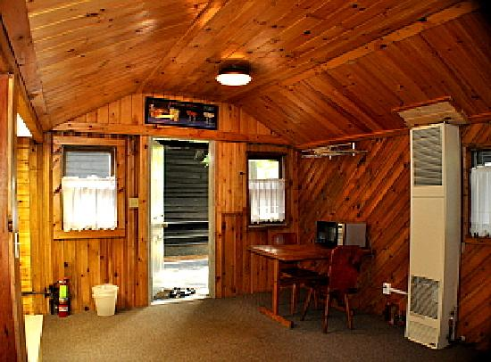Pine Grove Cottages: Large living room, #4