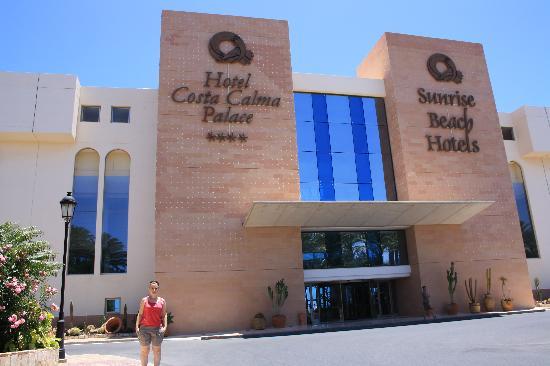 SBH Costa Calma Palace : Entrada del hotel.
