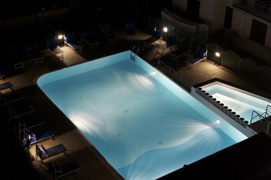 San Mauro a Mare, Italia: La piscina