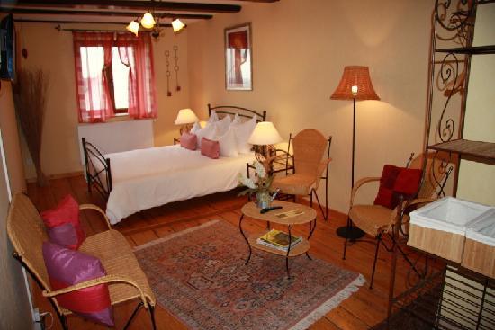 Les Chambres du Vieux Pressoir : unser Zimmer Jacinthe