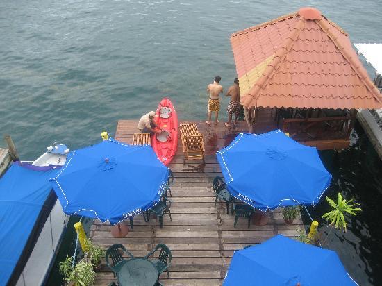 Hotel Bocas del Toro: Vista del embarcadero