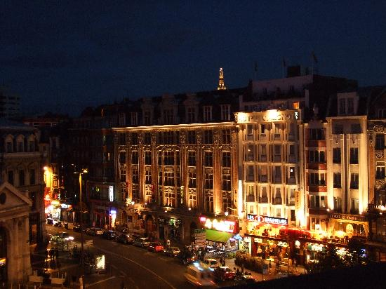 la place de la gare bei nacht photo de hotel continental lille tripadvisor. Black Bedroom Furniture Sets. Home Design Ideas