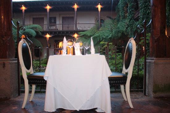 Palacio de Dona Leonor: At the Garden