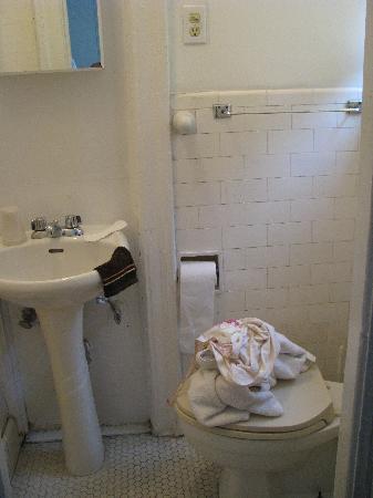 Dexter House Hostel: Unser Badezimmer 9. Stock