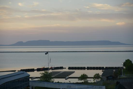 Prince Arthur Waterfront Hotel & Suites: Sleeping Giant from the room at sunrise