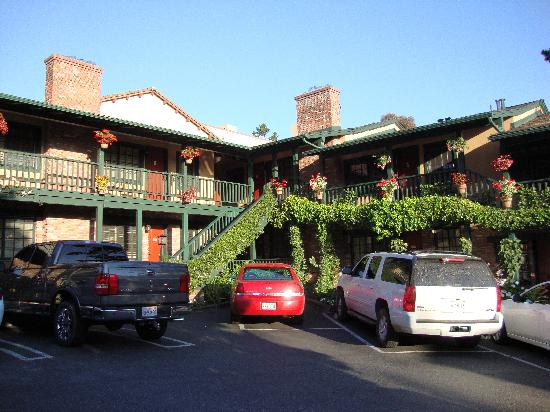 Wayside Inn-rear parking area