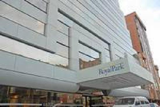 NH Bogota Metrotel Royal: hotel royal park main entrance