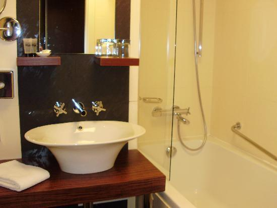 Hotel Avalon: Badezimmer