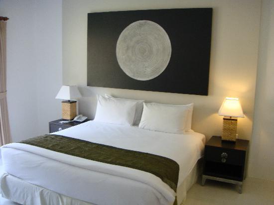 Nai Yang Beach Resort and Spa: Comfy Bed