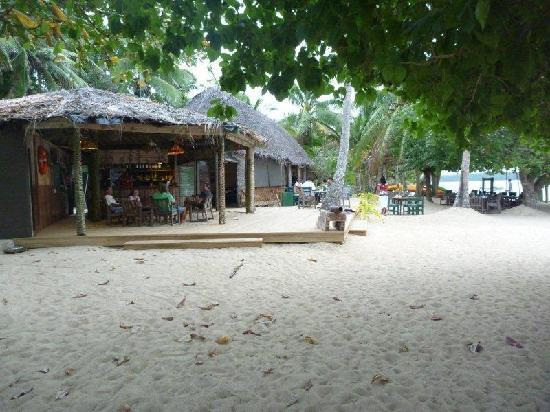 Tongan Beach Resort: Bar and Restaurant