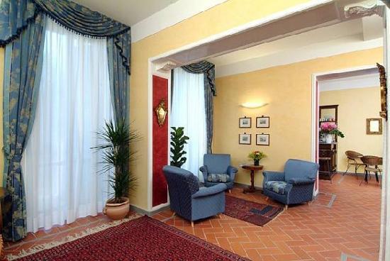 Hotel Caravaggio: Hall