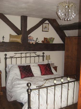 Rock House Farm Holiday Cottages: master bedroom, upstairs