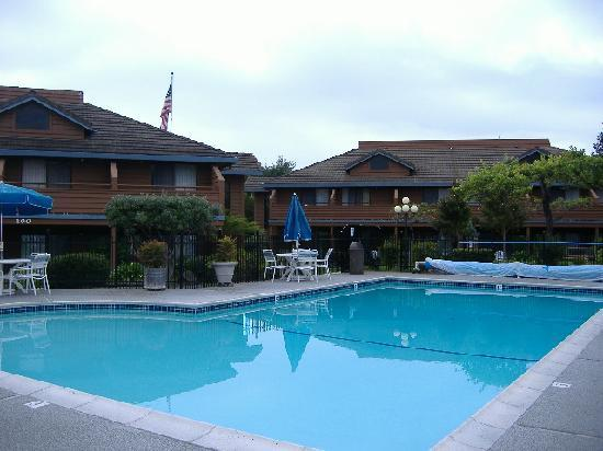 BEST WESTERN Inn: Der Pool