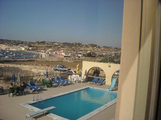 Ocean Reef Hotel: piscina