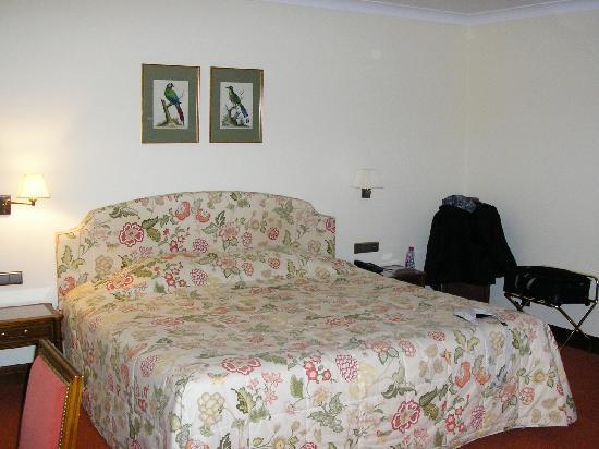 Marivaux Hotel: le lit de très bon confort