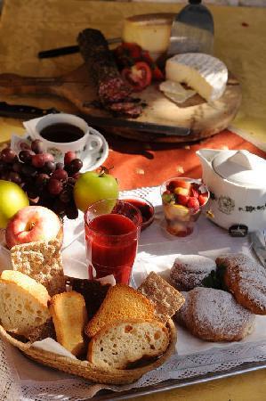 Pieve di Ledro, Italie : Colazione