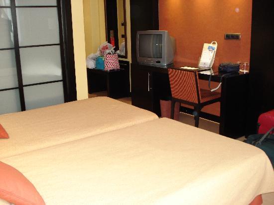 Intur Castellon Hotel: Habitación