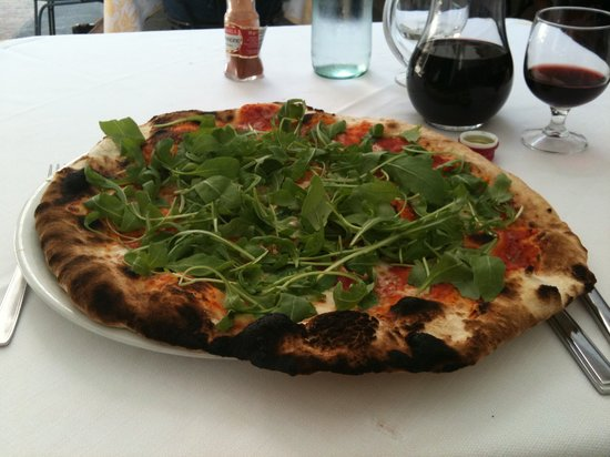 Il Cantinone : Pizza - with Rucola