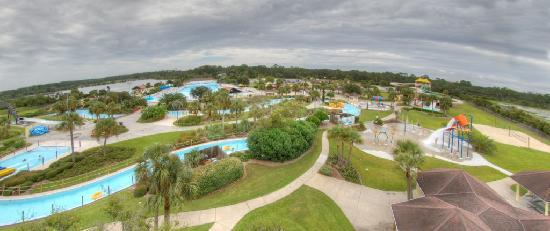 Splash into Summer at Summer Waves Water Park - Picture of Jekyll ...