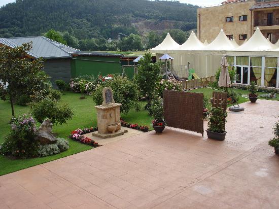 Hotel Villa Pasiega: giardino