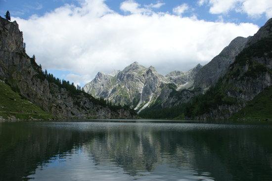 Grossarl, النمسا: Tappenkarsee in Richtung Kleinarltal von Alm aus