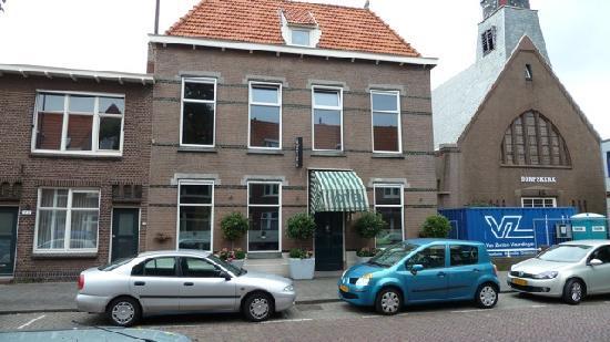 hotel holland: