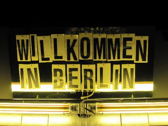Just welcome picture of casa camper berlin berlin for Whos perfect berlin